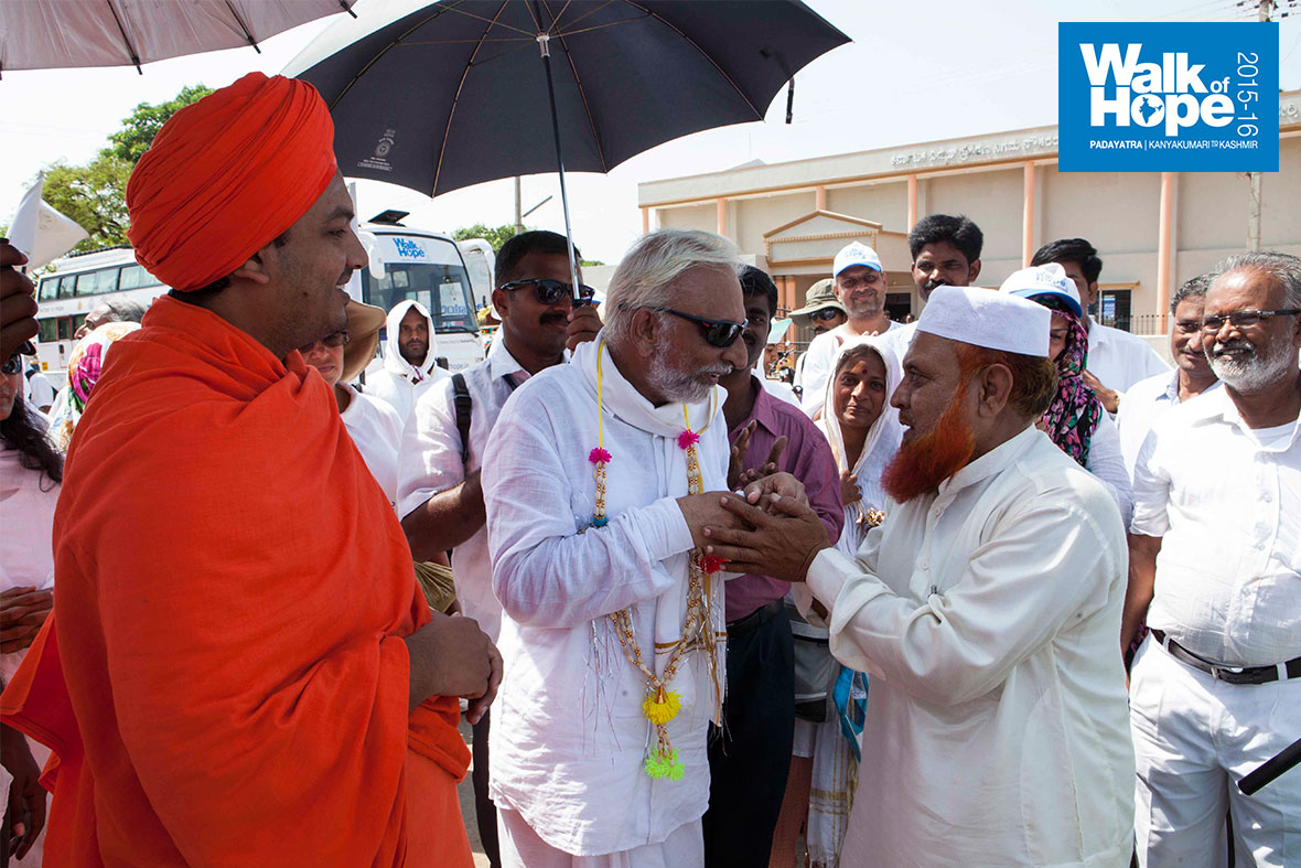 12.A-multi-hued-welcome-for-WOH-as-it-enters-Haveri-town,-Karnataka
