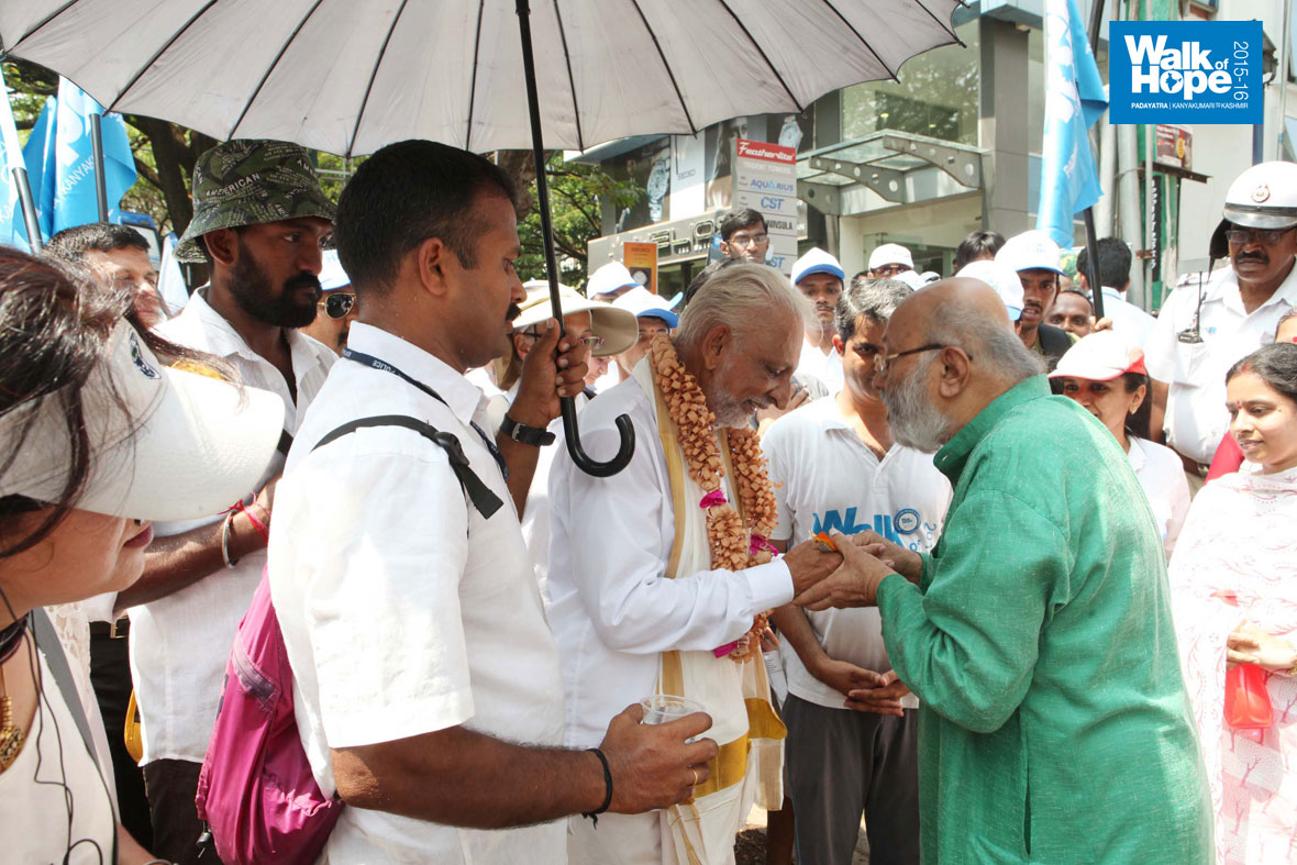 Walk-of-Hope-2015-16-in-Karnataka-4-April-2015-6
