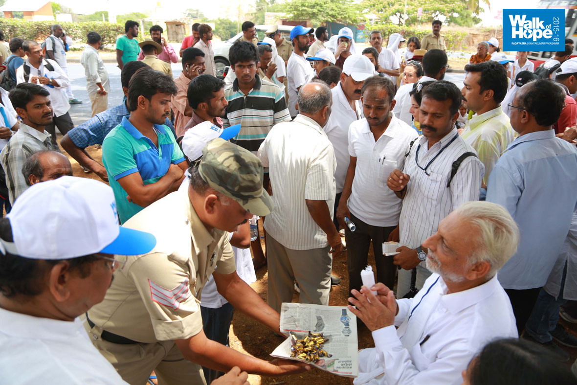 Walk-of-Hope-in-Karnataka-11-April-2015-6