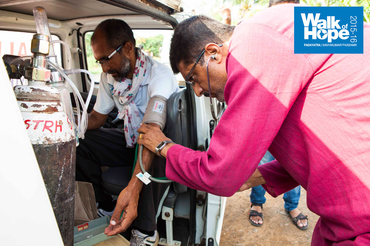 11.A-routine-yet-efficient-check-up-by-the-Medical-support-team,-Shirol,-Maharashtra