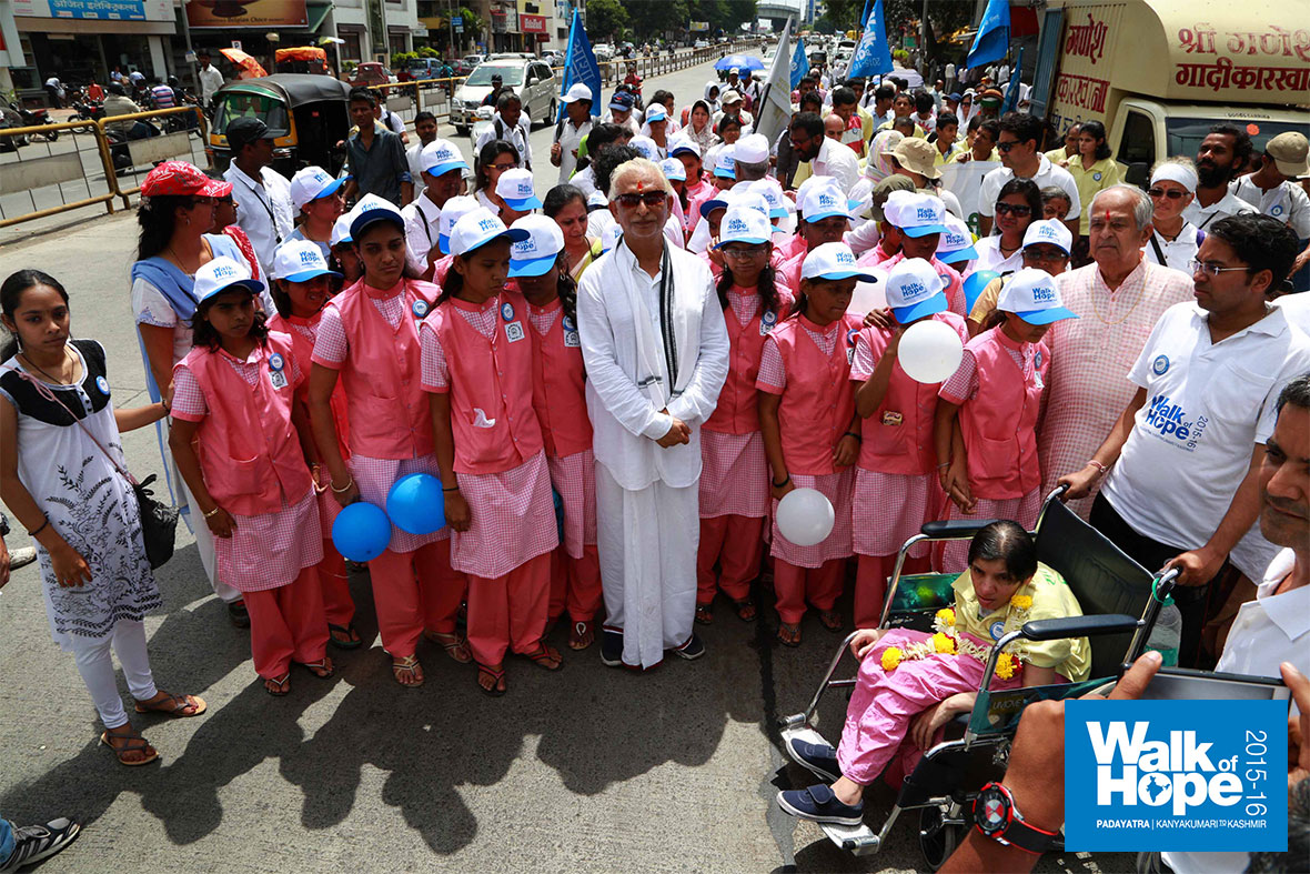 12.Sir-with-a-group-of-visually-impaired-children-who-joined-the-Padayatra-today,-Pune,-Maharashtra