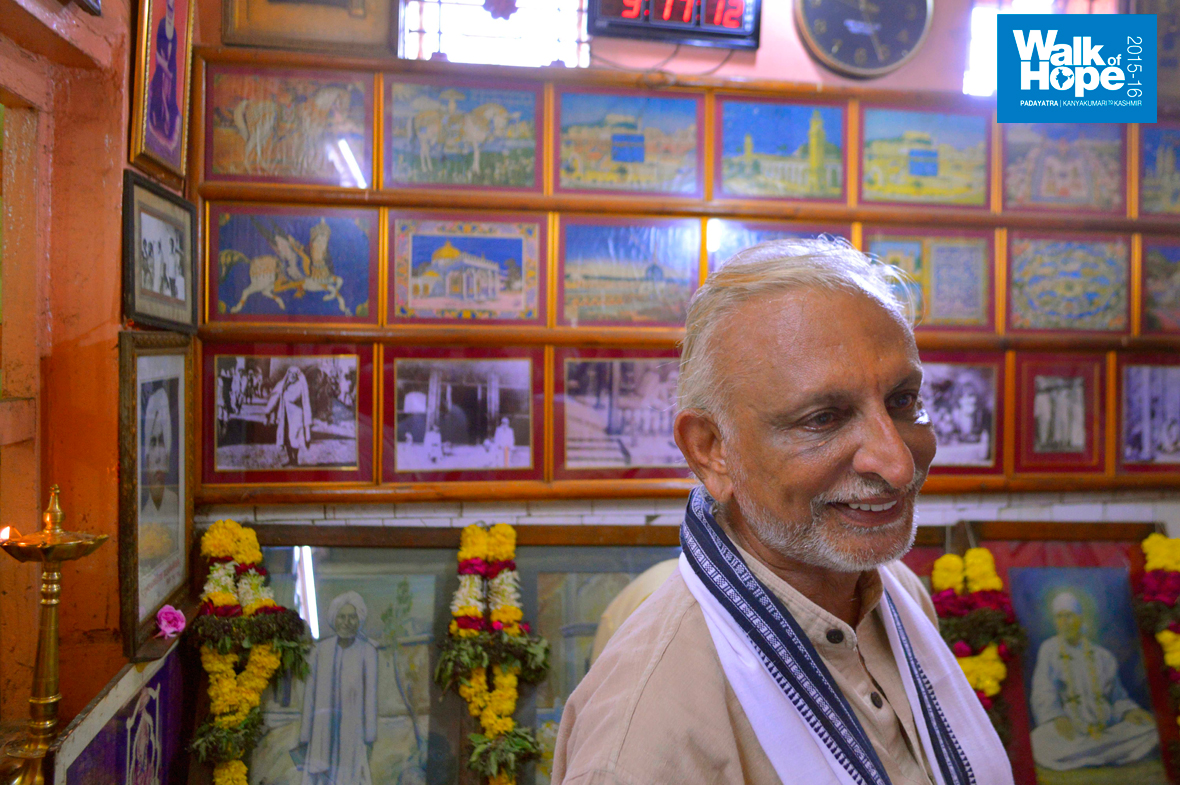 Sri-M-in-Shirdi-2015