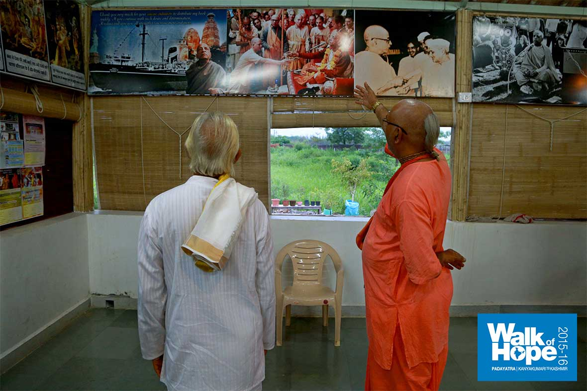 4.Sir-being-shown-around-the-ISKCON-temple,-Koprali,-Valsad,-Gujarat