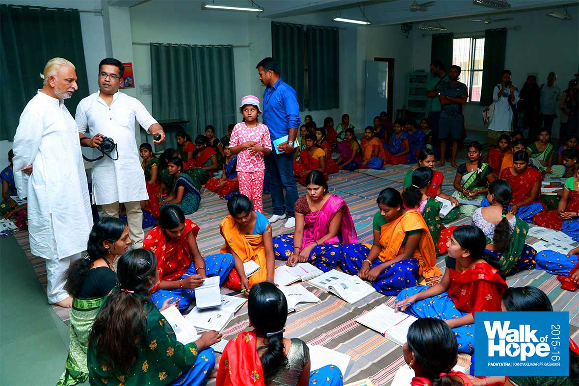 3.Empowering-tribal-women-in-many-ways,-BDIRW,-Indore,-MP