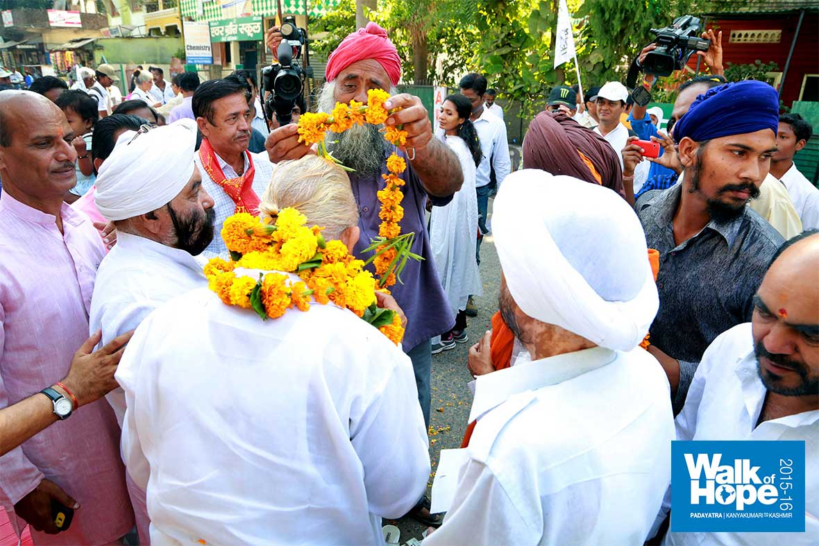 9.Greetings-from-the-Sikh-brethren-of-Sehore,-MP