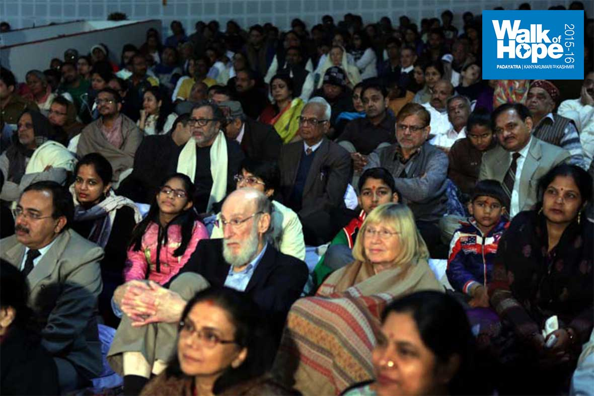 18.A-section-of-the-audience,-Pandit-Omkarnath-Auditorium,-BHU,-Varanasi,-UP