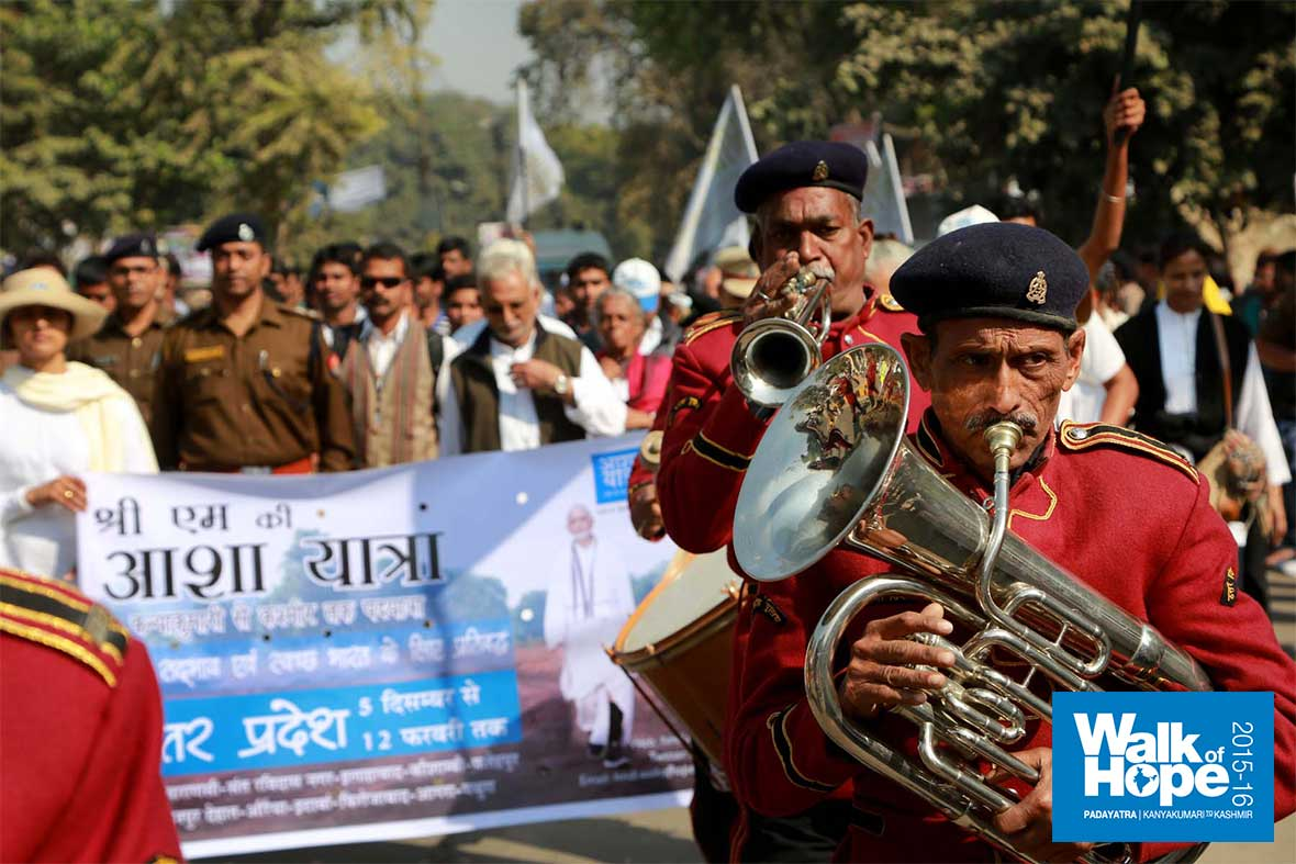 23.The-police-band-struck-lovely-rhythms-as-it-led-us-into-central-Allahabad,-UP