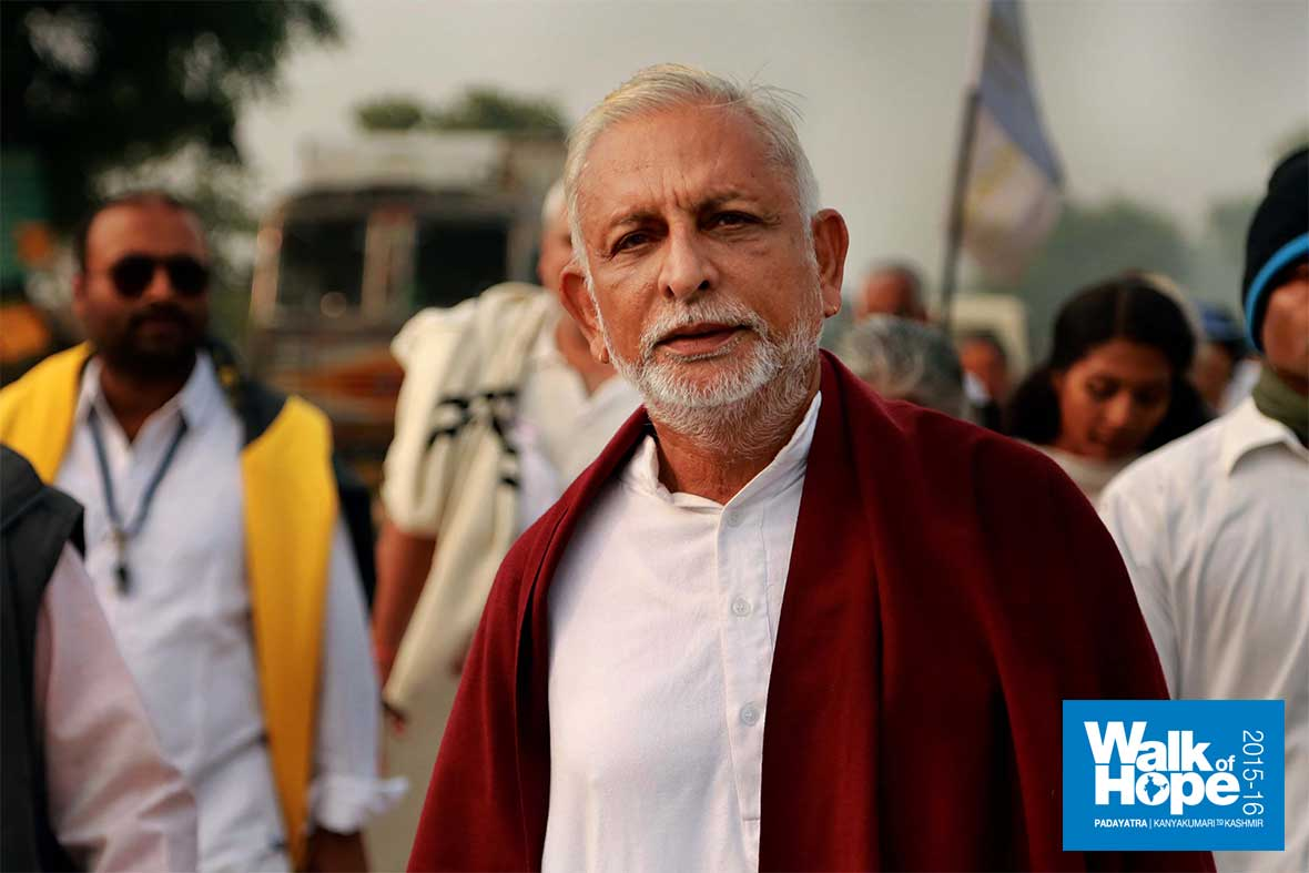 6.The-look-of-steely-resolve,-Sir-as-we-neared-the-end-of-the-walk-today,-Bami,-Mirzapur,-UP