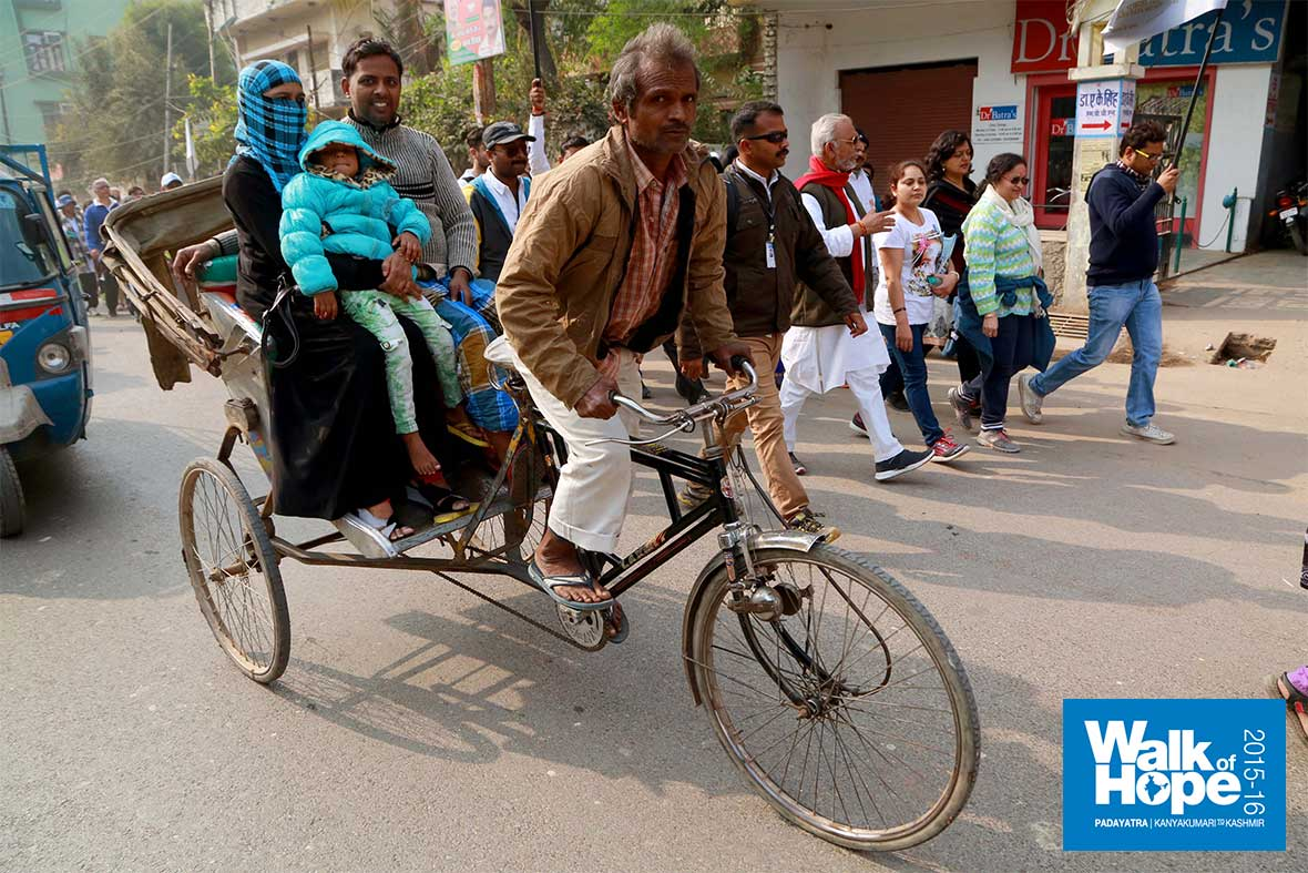 7.A-human-powered-vehicle,-a-popular-one-in-Varanasi!,--UP