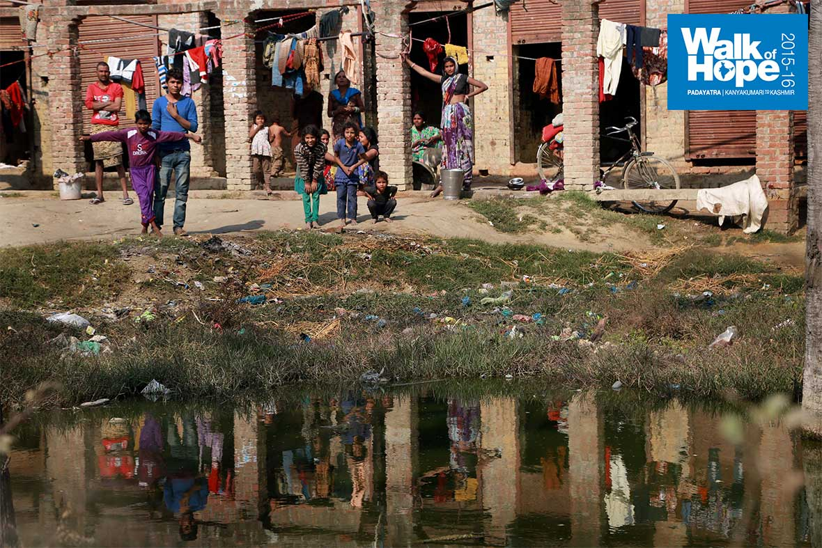 8.A-reflection-of-the-slumlife-of-Allahabad,-UP