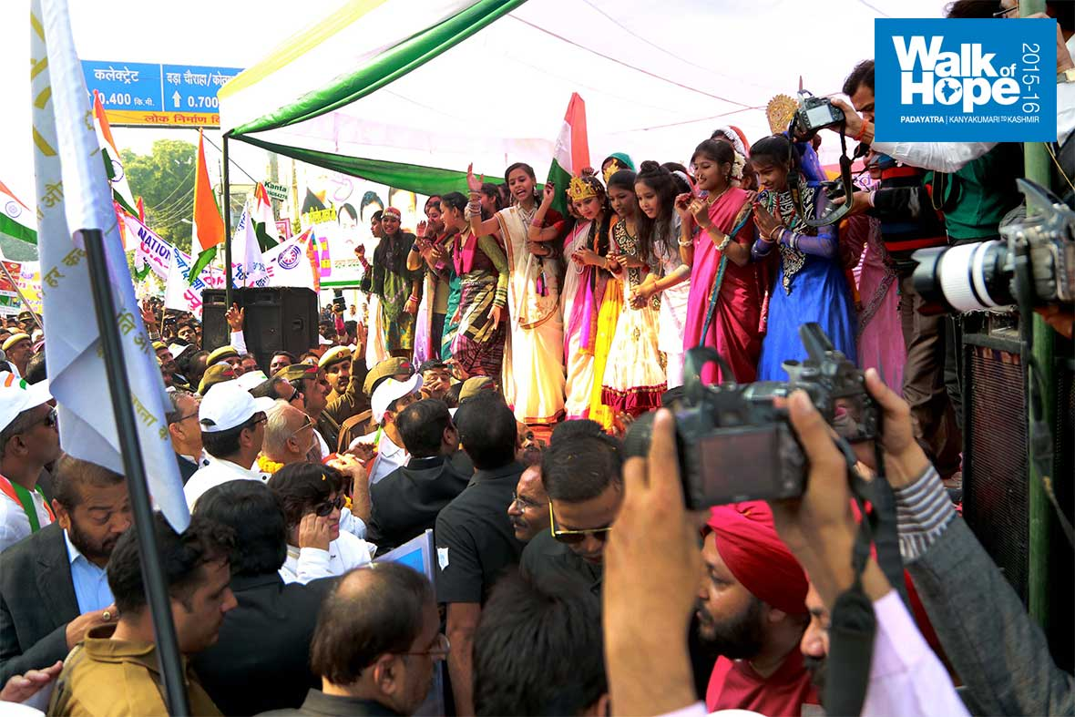 20.Probably-the-most-vivacious-group-of-all!,-Kanpur,-UP