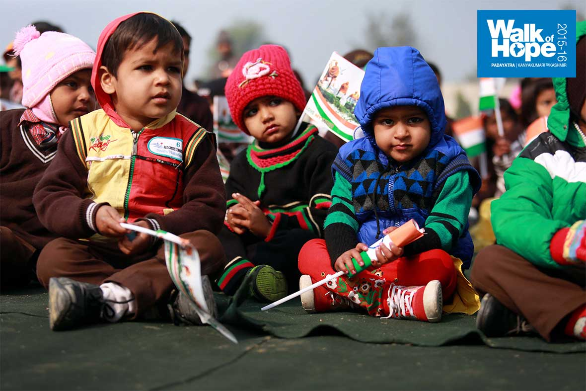 7.When-will-the-fun-begin!,-tiny-tots-at-the-Republic-Day-function,-Sirsaganj-Public-School,-Firozabad,-UP