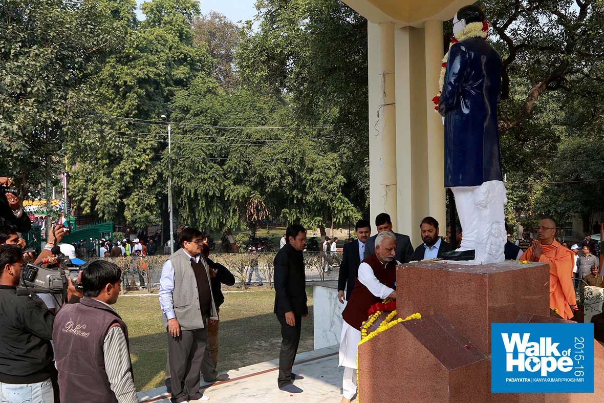 9.Sri-M-laying-flowers-at-the-Ambedkar-Statue,-Kanpur,-UP