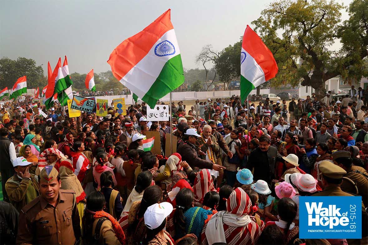 9.Unprecedented-masses-as-the-Padayatra-enters-Kanpur,-UP