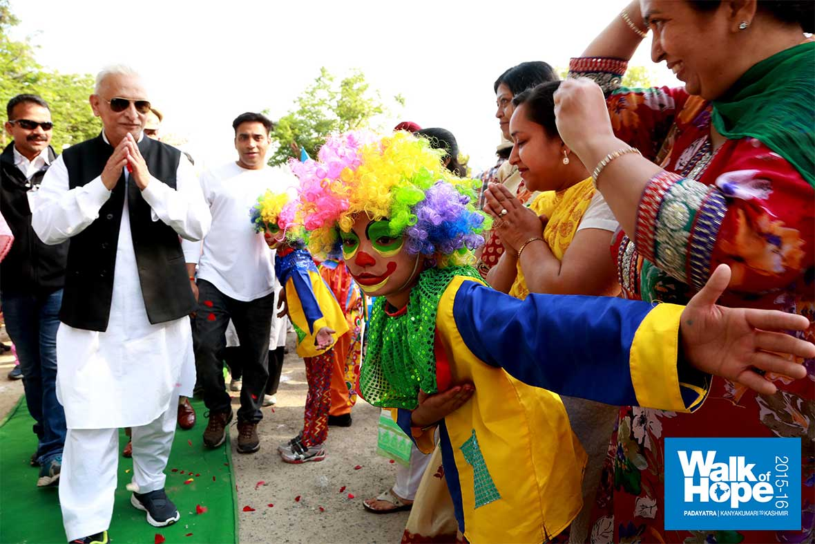 12.What-a-colourful-welcome!,-DAV-Public-School,-Jalandhar,-Punjab
