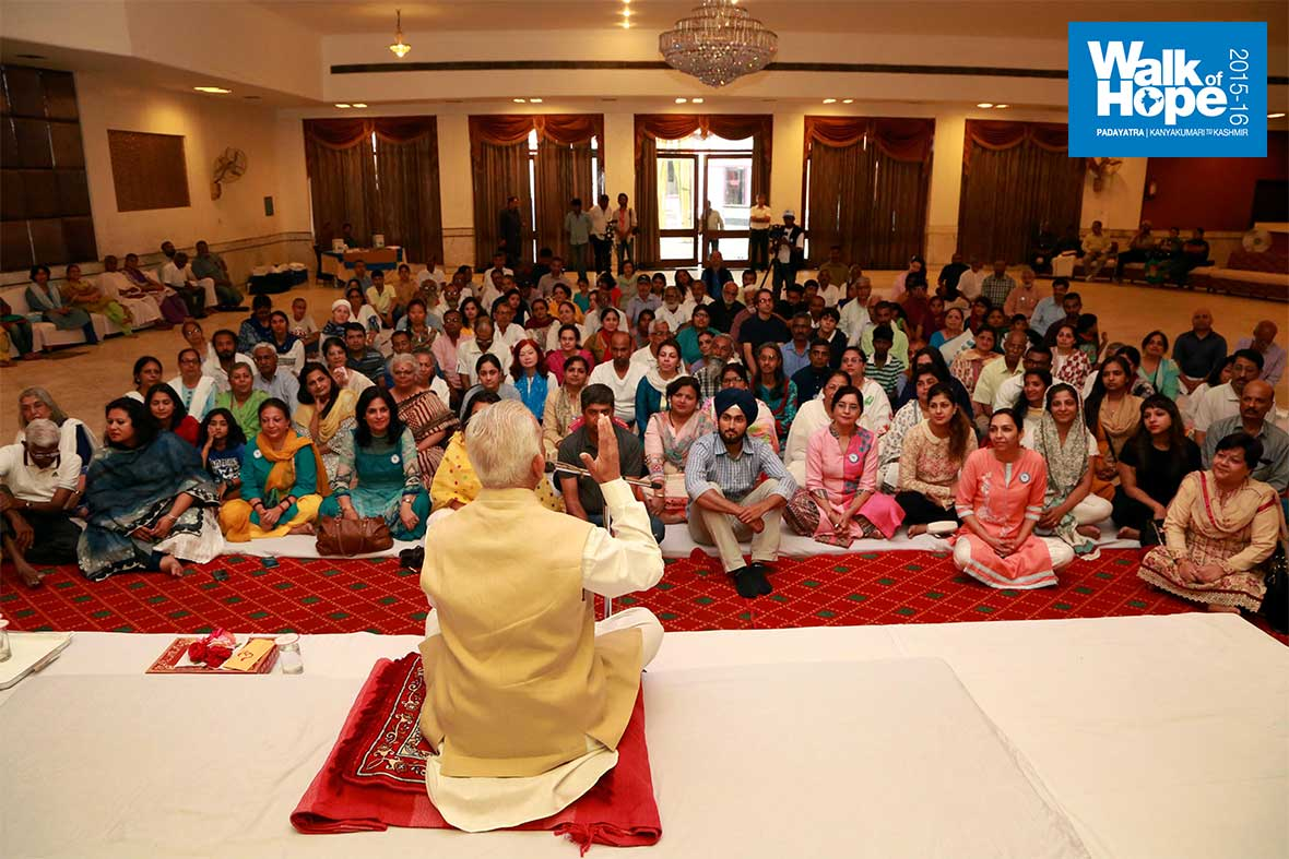 5.Satsang-with-a-difference!,-Kumar-International,-Amritsar,-Punjab